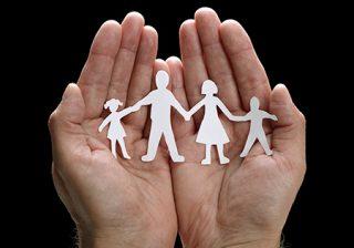 اهمیت والدین در امور مراقبتی و تربیت کودک
