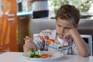 کاهش اشتها و بیاشتهایی در کودکان بالای یکسال