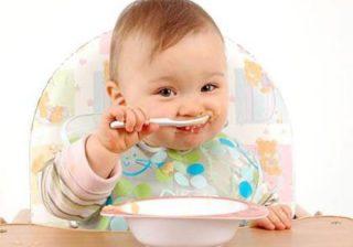 نحوه شروع و ادامه غذای کمکی در نوزادان