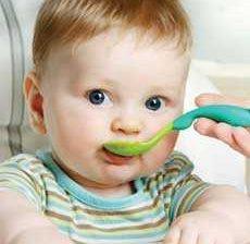 طرز تهیه غذاهای کمکی برای کودکان بالای شش ماهه