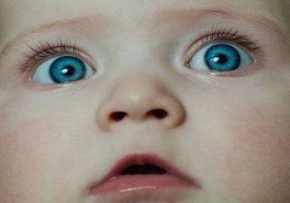 عوامل موثردر رنگ مو پوست و چشم نوزاد