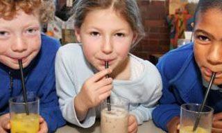 اهمیت عصرانه برای بچه ها