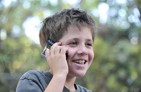 استفاده صحیح تلفن همراه در نوجوانی