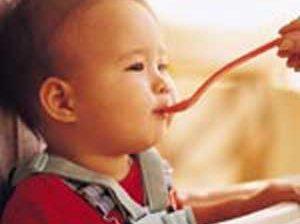 غذای کمکی کودک از تولد تا یک سالگی