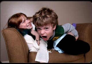 نشانه های بیش فعالی کودک