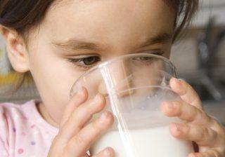 مقدار نیاز روزانه کودکان به کلسیم