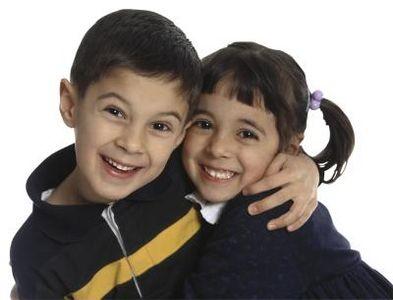 رساندن پیام علاقه و عشق به کودکان