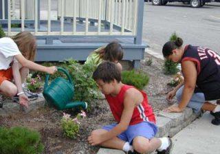 کار کودکان در منزل،درست یا غلط؟