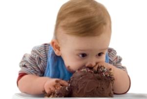 ۱۰ توصیه برای میانوعده غذایی کودکان