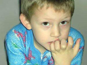 درمان جویدن ناخن در کودکان